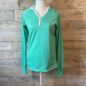 Firstar green hooded quick dry top in size small